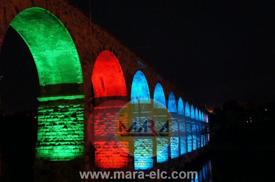 نور پردازی پل با استفاده از وال واشر به صورت رنگ های ترکیبی