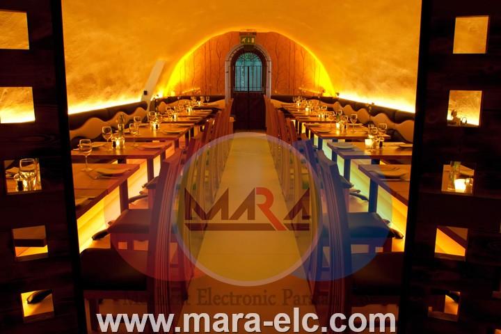 نور پردازی رستوران با استفاده از وال واش های تمام رنگ ریتمی یا DMX